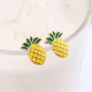Jewelry - 🔥2 for $15🔥 Cute Gold Pineapple Stud Earrings